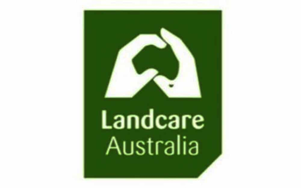 ARS SECRETARY WINS LANDCARE AWARD