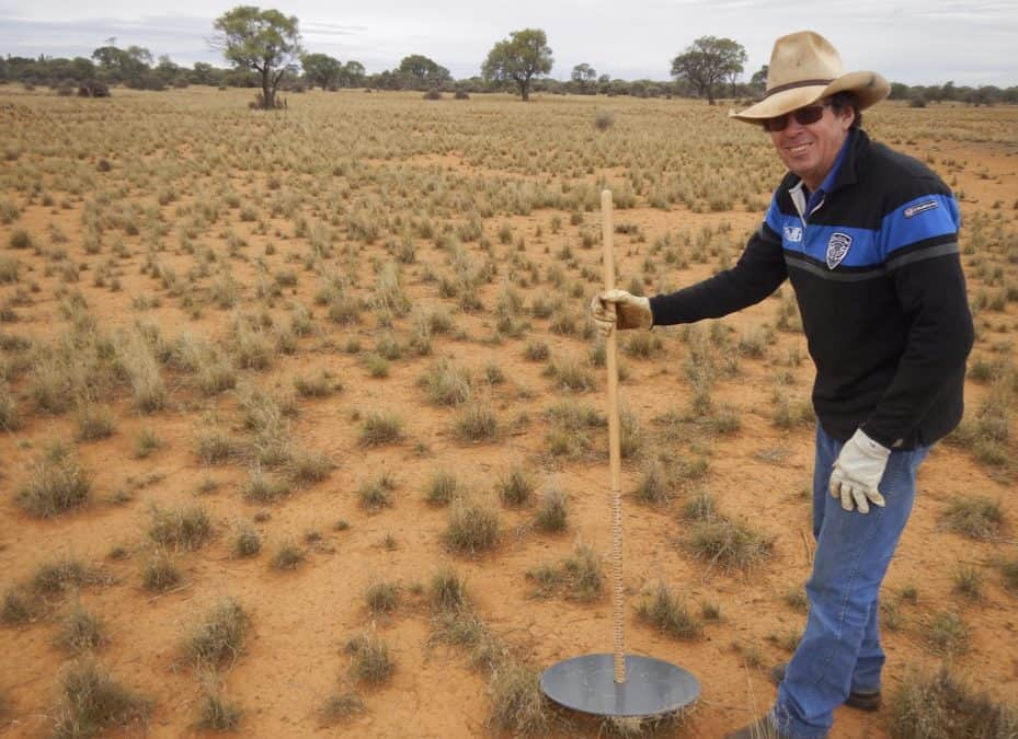 KANGAROO GRAZING PRESSURE AND KANGAROO MEAT DEVELOPMENT